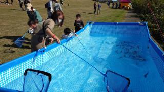 魚釣り体験(わーくわくすざか2020)
